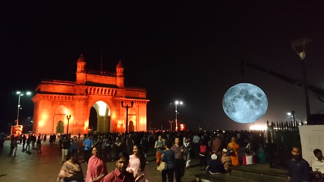 Museum Of The Moon and the Gateway Of India