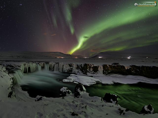 Aurora above Goðafoss