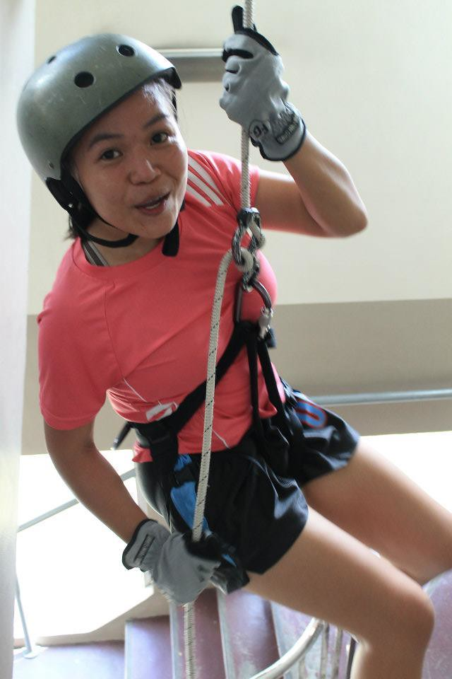 Faye to abseil