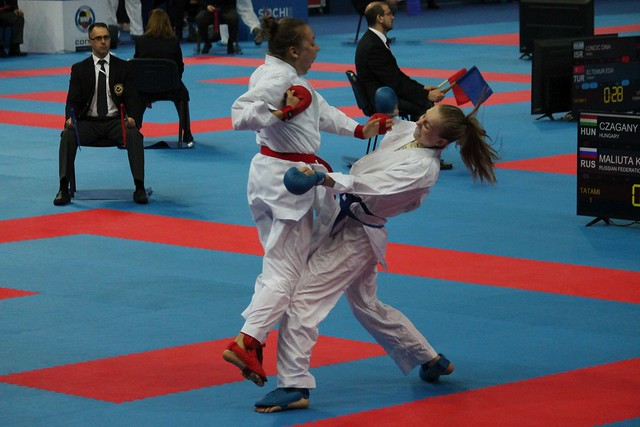Czagany_Dora01_2018_karate_sportmenu