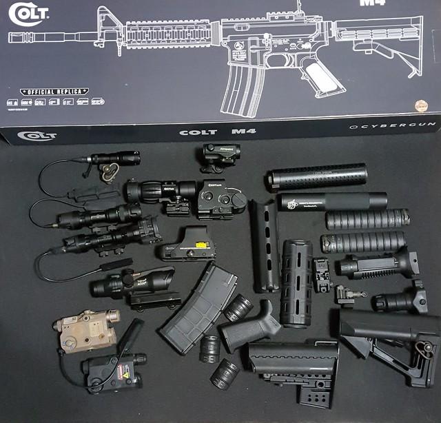 新年開箱之GHK 二代M4 Ver2 GBB COLT小馬刻字CYBERGUN授權版- 步槍(玩具