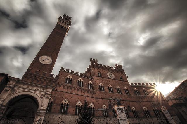 Palazzo Pubblico e Torre del Mangia - Siena (Italy)