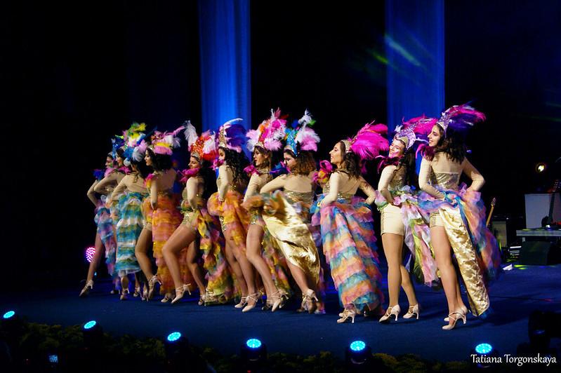 """Танец """"Райских птиц""""  на Открытии 49 Праздника мимозы"""