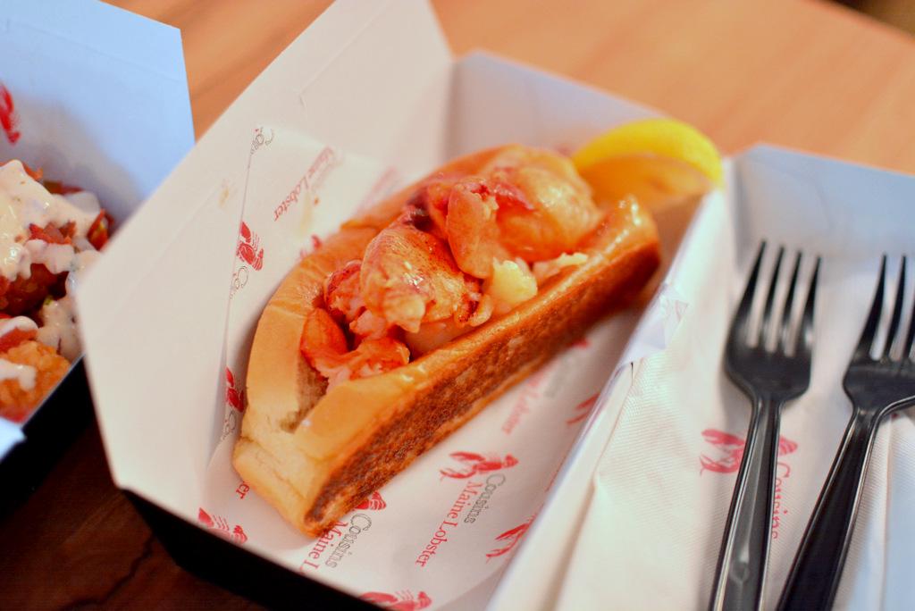 25792471878 61983e64aa o - 熱血採訪|UNO市集美食|Cousins Maine Lobster-美國空運來台的龍蝦堡!(市集已歇業)