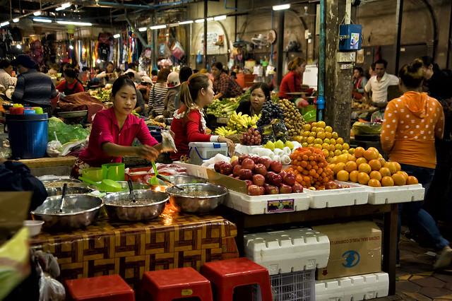Cambodia - Siem Reap Old Market - Photo #3