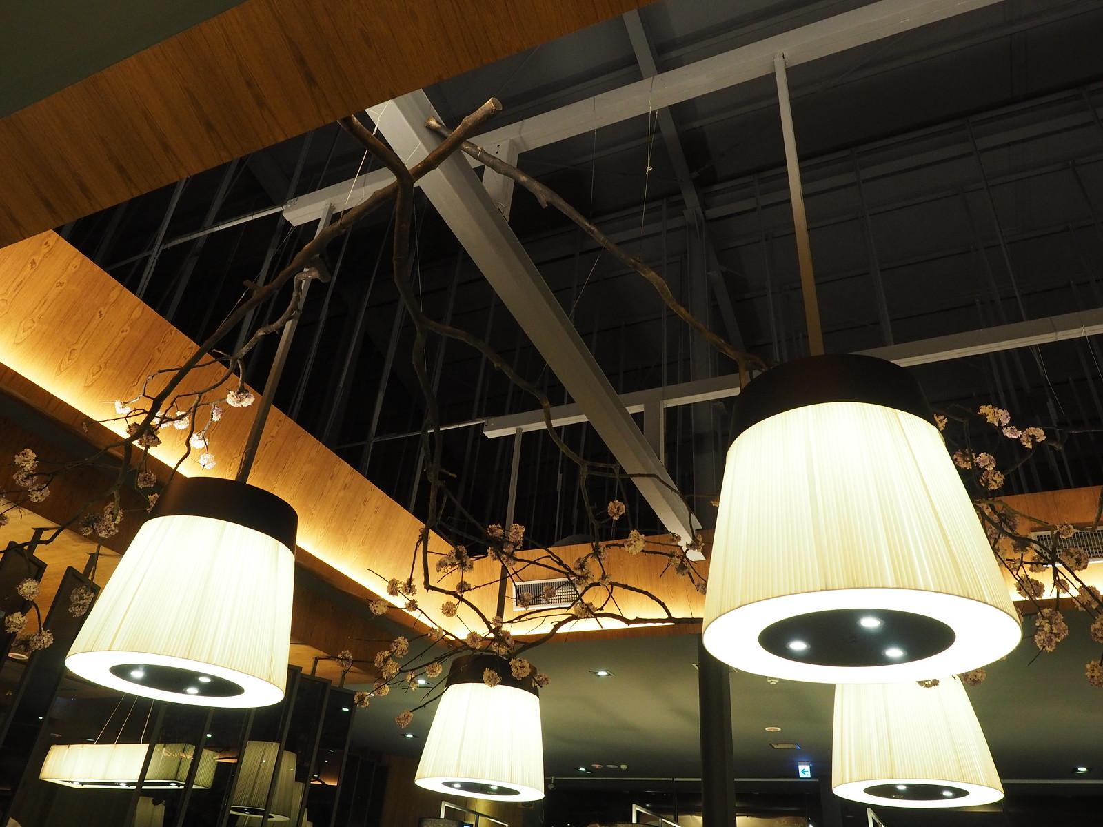 The nice ceiling in EZ.KON Restaurant