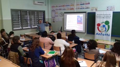 Conferencia de Anfathi sobre tdah en el Colegio Vicente Aleixandre