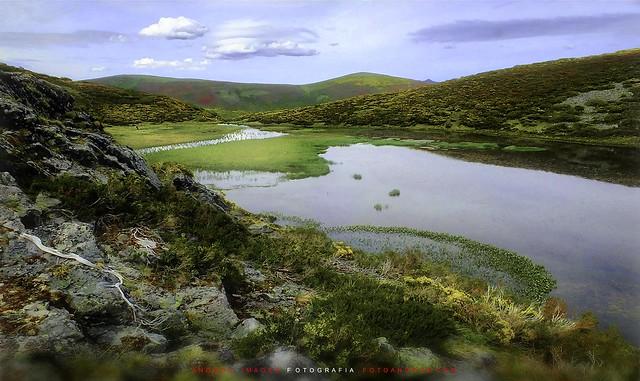The legend of the lagoon of Pozo Hollado Montrondo León // La leyenda de la laguna de Pozo Hollado Montrondo León