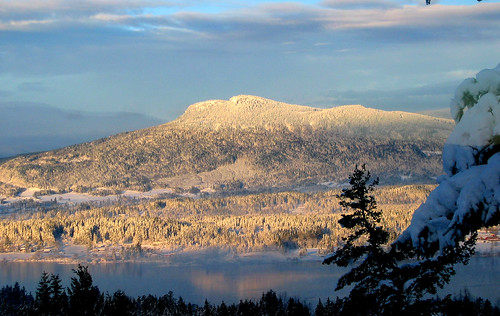 mt prevost cowichan valley vancouver island snow winter