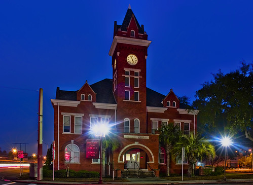 longexposure bluehour oldbradfordcountycourthouse 209westcallstreet cityofstarke bradfordcounty florida usa romanesque starke historical city cityscape urban downtown skyline northflorida centralbusinessdistrict building architecture commercialproperty cosmopolitan metro metropolitan metropolis sunshinestate realestate commercialoffice nationalregisterofhistoricplaces town touristdestination