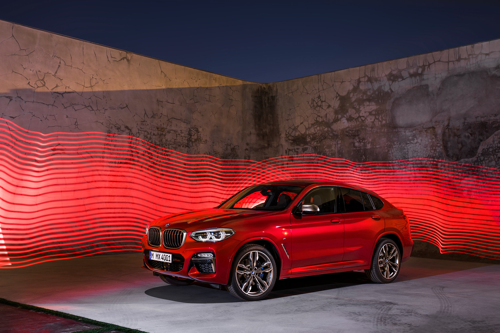 This is the all-new 2019 BMW X4