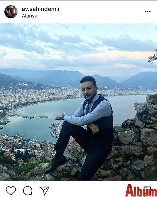 Avukat Şahin Demir, muhteşem Alanya manzarasına karşı çektirdiği bu fotoğrafıyla kısa sürede yüzlerce beğeni aldı.
