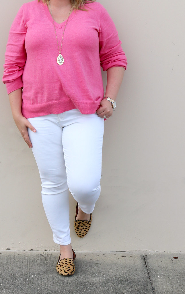 pink sweater, white jeans and leopard loafers 5