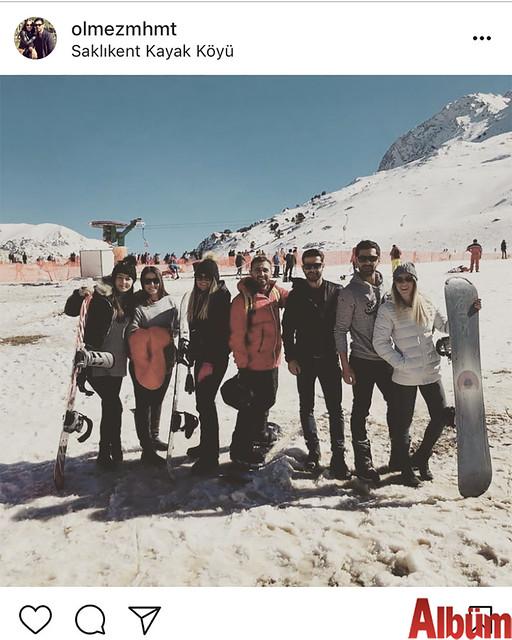 Mehmet Ölmez ve eşi Eda Ölmez, hafta sonu tatillerini yakın dostlarıyla birlikte Saklıkent Kayak Merkezi'nde geçirdi.