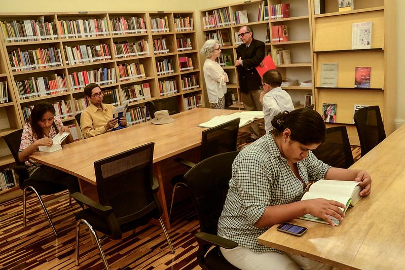 Inauguración de la Sala de Investigadores de la Biblioteca MVLL