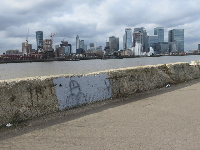 Thames Path - Thames Barrier to London Bridge