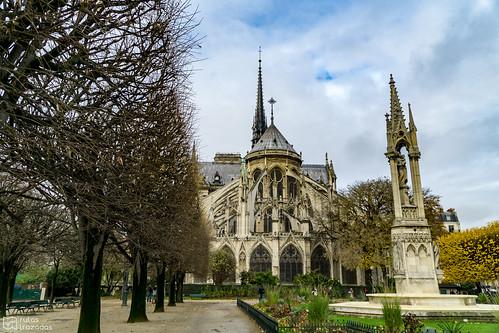 Jardines Notre Dame