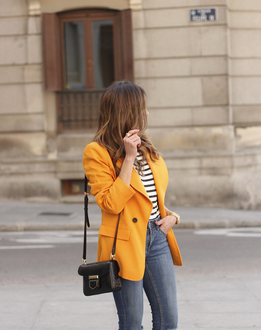 yellow blazer strippes ripped jeans givenchy bag leopard heels spring outfit 201810