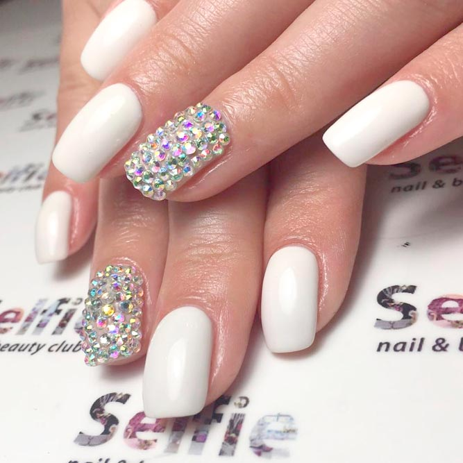 - 22+ Best White Acrylic Nail Art For You - Nails C