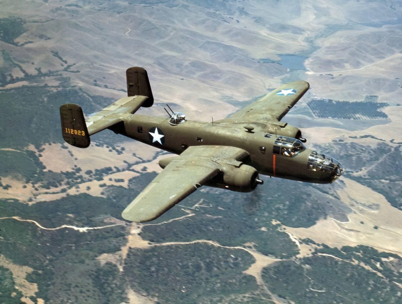 盟軍B-25型轟炸機,曾空襲香港日軍基地。 (互聯網圖片)