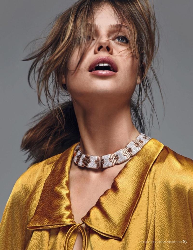 Jessica-Clarke-Model09