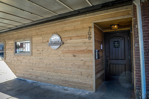 Iron Mountain Bar and Grill-002