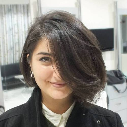 2018 Stylish & Sassy Bobs for Round Faces 6