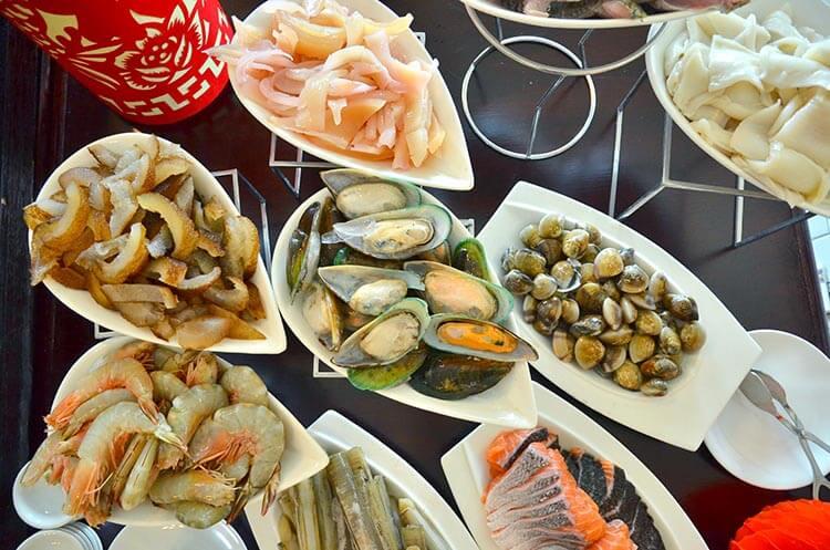 Eastern & Oriental Hotel Penang steamboat dinner
