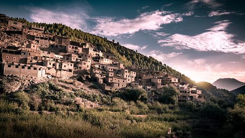 sonydscrx1rm2 berge dawn landscape landschaftterrain morgendämmerung mountains nature sonnenaufgang sunrise travel marrakechsafi morocco marokko atlas village sundaylights