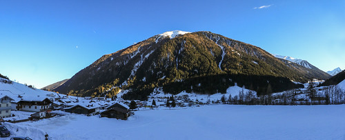 Mountain nearly Gries [8 vertical shot panorama]