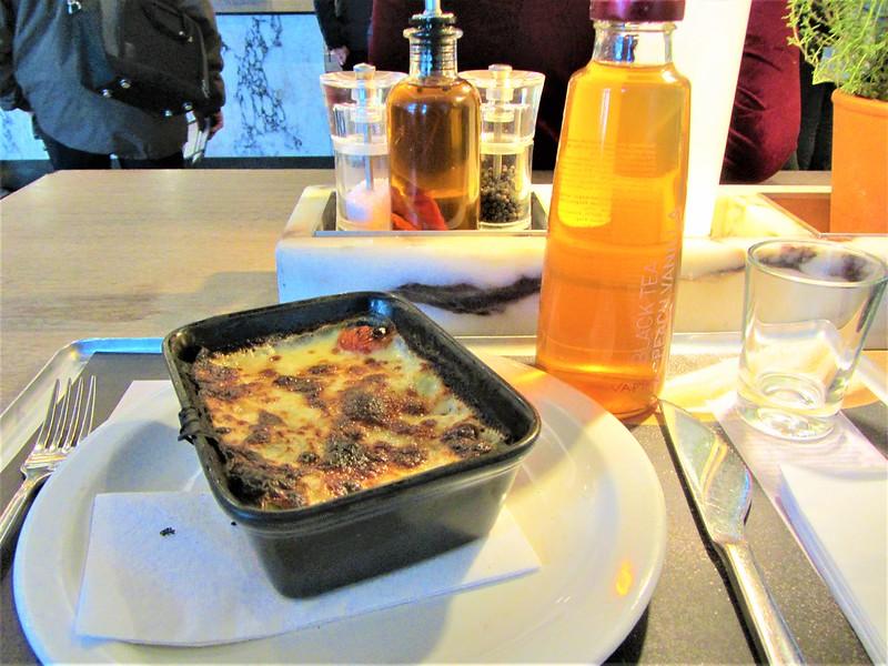 les-terrasses-du-port-marseille-vapiano-restaurant-italien-lasagnes-au-saumon-thecityandbeauty.wordpress.com-blog-lifestyle-IMG_9194 (2)