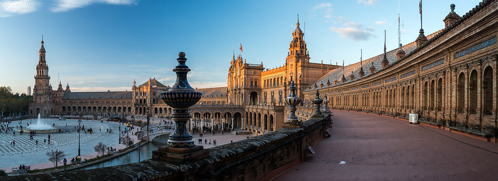 Plaza de España, Panorámica