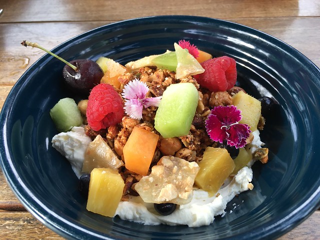 Honey granola - Odettes Eatery