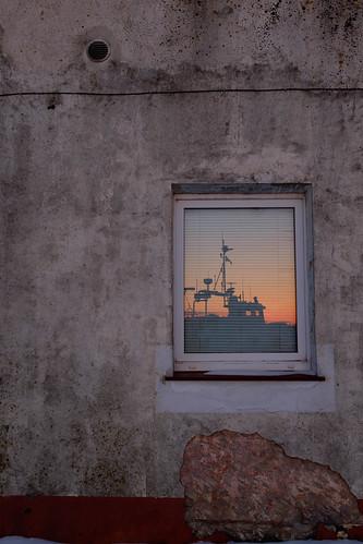 pärnu estonia parnu viro window ikkuna texture painting wall abstract light sunset color