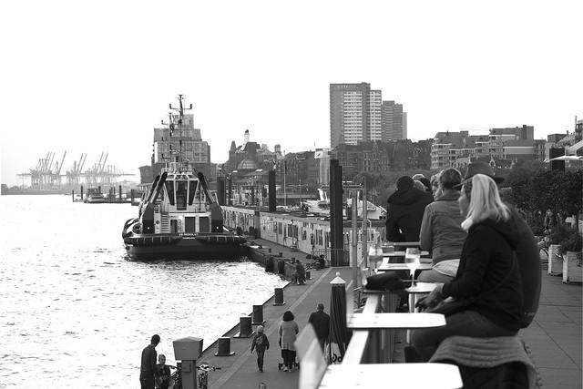 Hamburg – St. Pauli. Landungsbrücken.