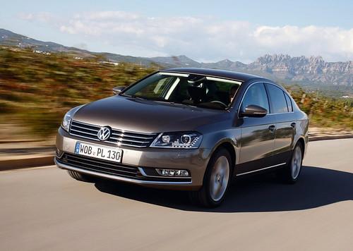 Volkswagen-Passat-B7-2013-