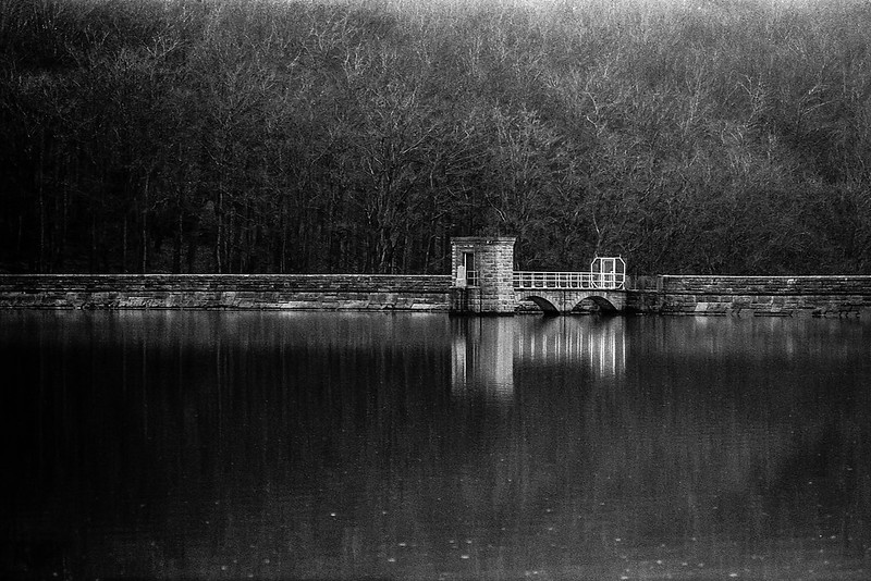 FILM - At the reservoir