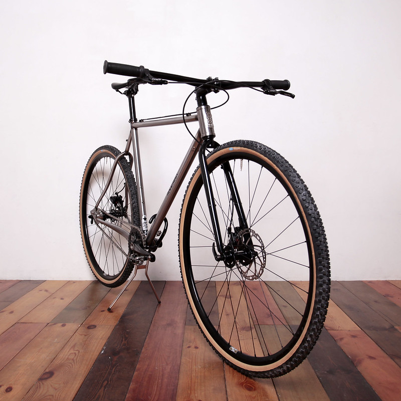 New Mudman Disk Single Speed Complete Bike With Compass Tire