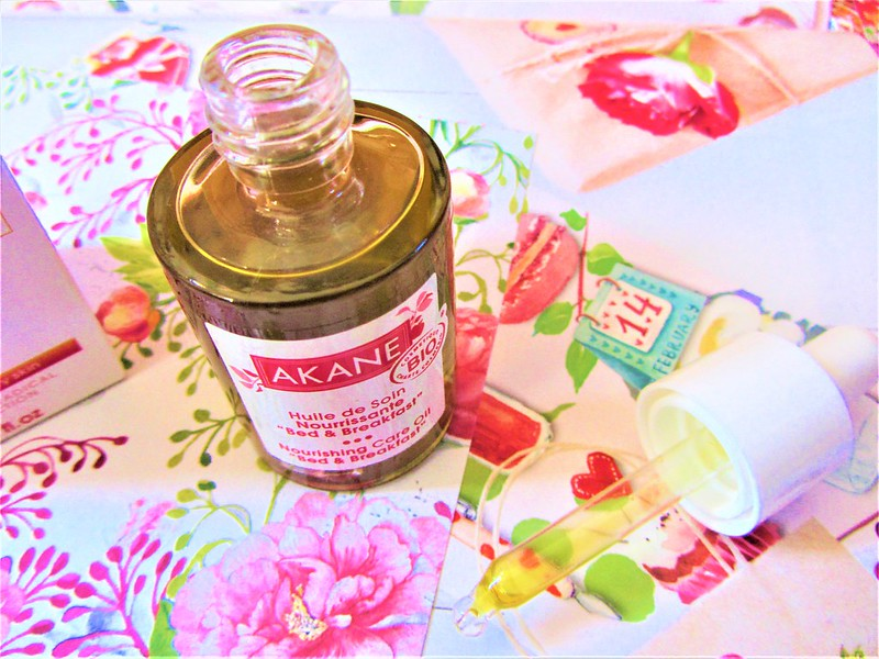 akane-huile-soin-nourrissante-visage-bio-peaux-seches-thecityandbeauty.wordpress.com-blog-beaute-femme-IMG_9228 (3)