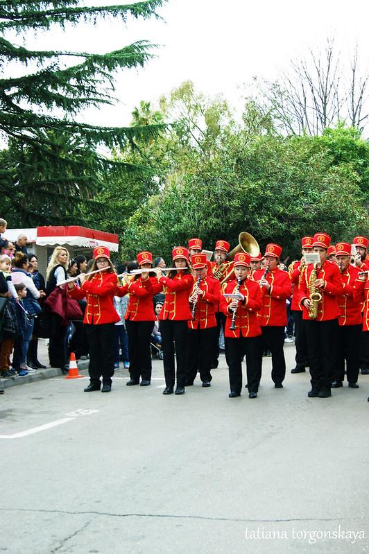 Городской оркестр на 1  Цветочном шествии