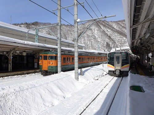 一部の臨時列車を除き、水上駅で乗り換えになる。関東地方だが積雪量は多い(新潟県に入るとこの比ではないが)