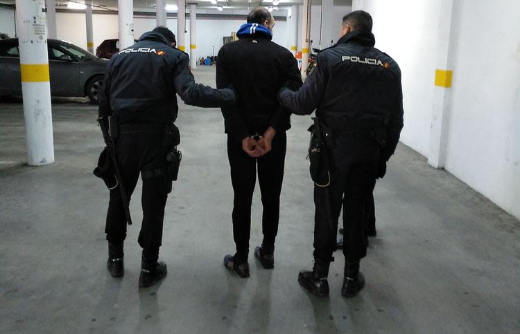 2018-02-10 Detenido Robo viviendas4