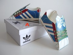 ADIDAS SUPERSTAR 35TH ANNIVERSARY MINI MUSEUM PAPER SHOES IN METAL SHOE BOX