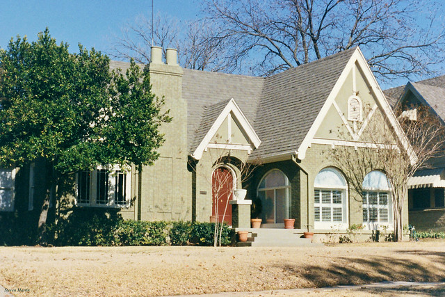 House in Berkeley Place, Fort Worth