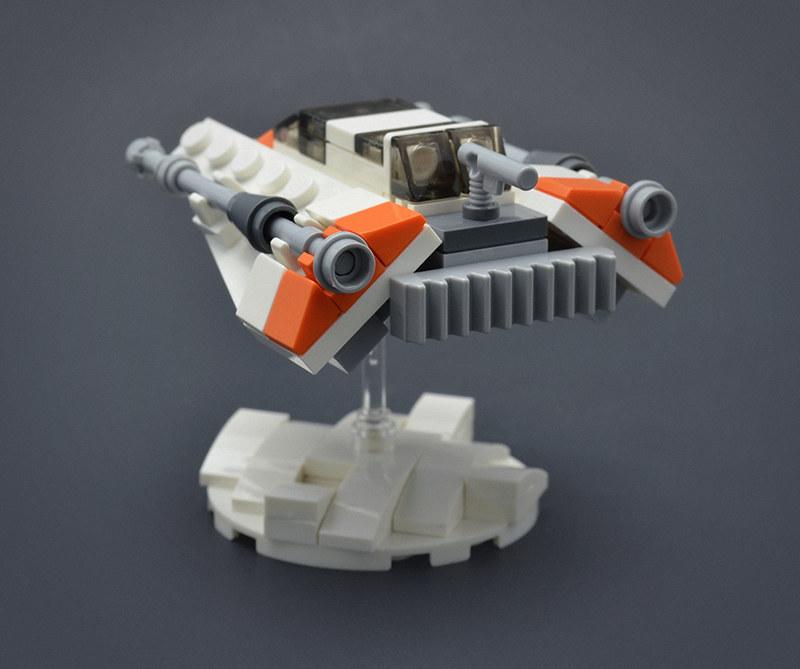 LEGO T-47 Snowspeeder - Micro Speeder Posterior