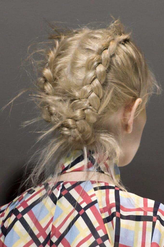 Medium Hair:Dressy Wedding Updos -forthe largeday 1