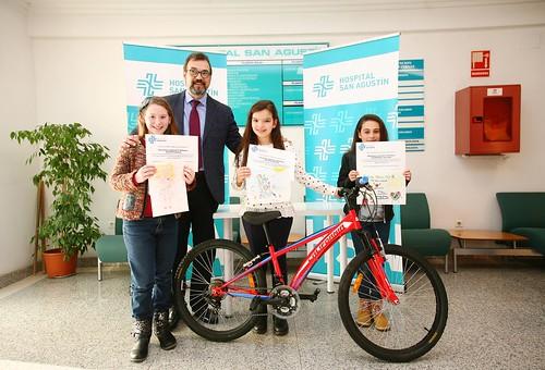 Entrega de premios del concurso de dibujo del Hospital San Agustín