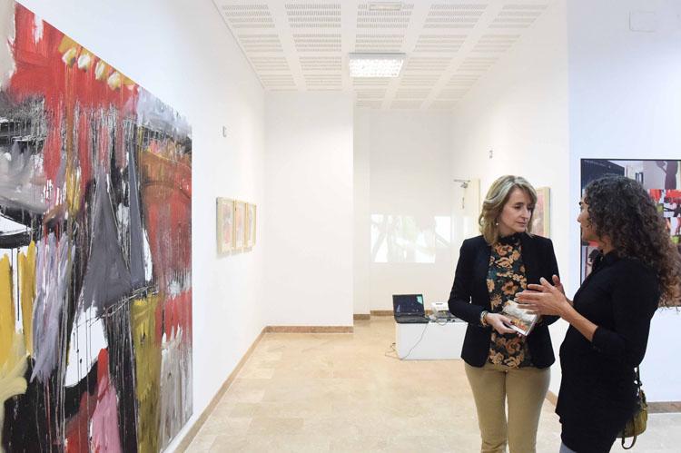 INAUGURACIÓN  DE LA EXPOSICIÓN DE KARINA ZOTHNER EN ESENCIA1