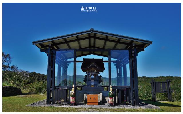 高士神社(白色鳥居)-5