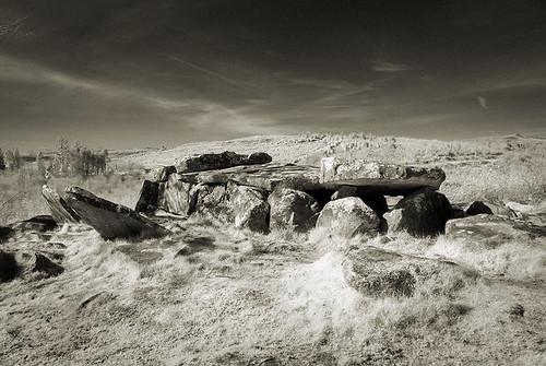 cavan cavanburren megalithic wedgetomb